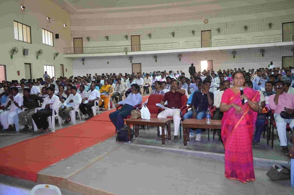 Micro Entrepreneurship Seminar (12)
