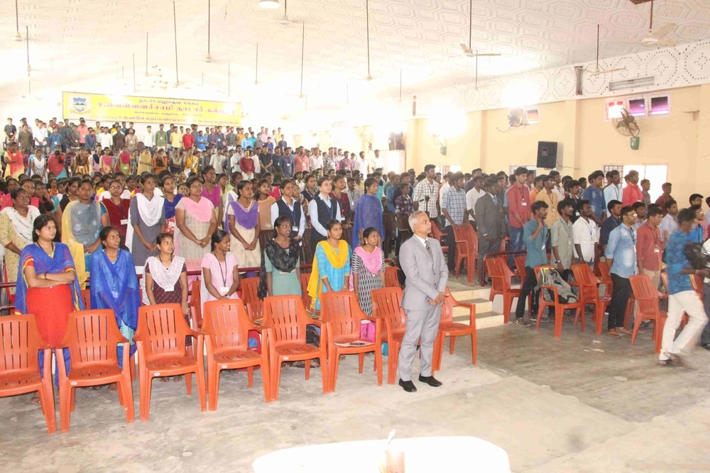 Seminar On Skills Required For Fresh Graduates In Today Market (18)