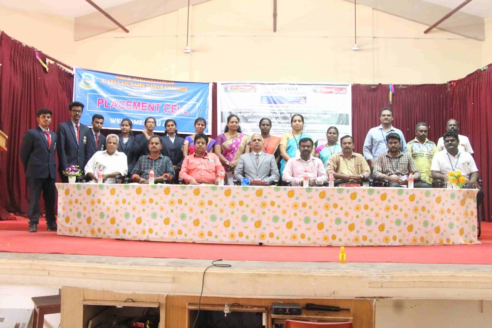 Seminar On Skills Required For Fresh Graduates In Today Market (2)