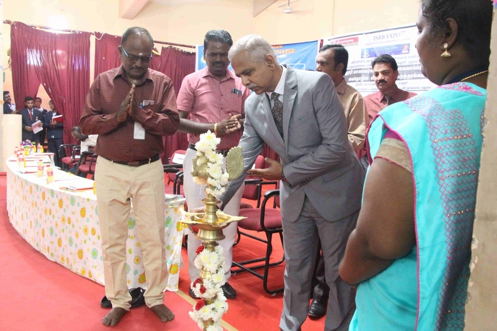 Seminar On Skills Required For Fresh Graduates In Today Market (29)