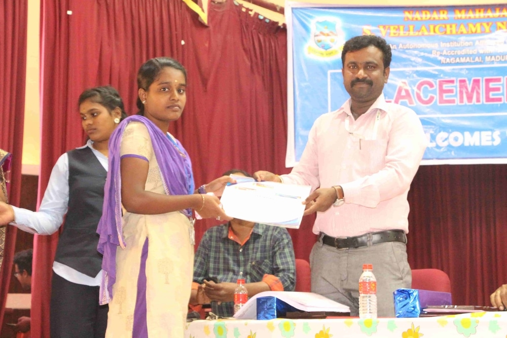 Seminar On Skills Required For Fresh Graduates In Today Market (5)